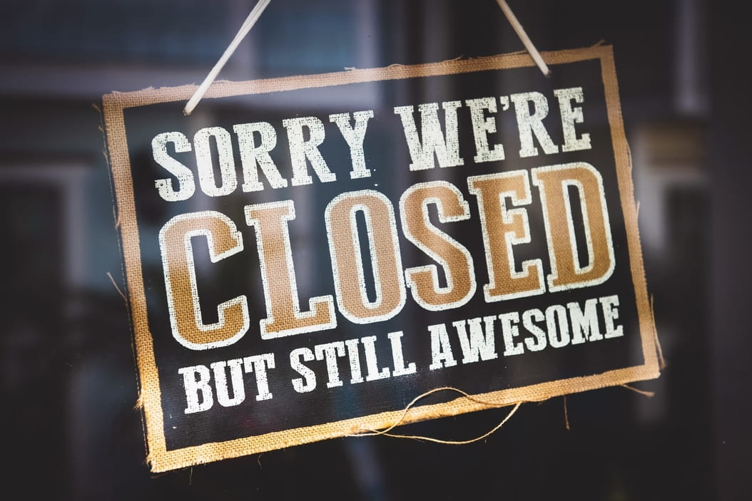 Sorry we are closed sign restaurant
